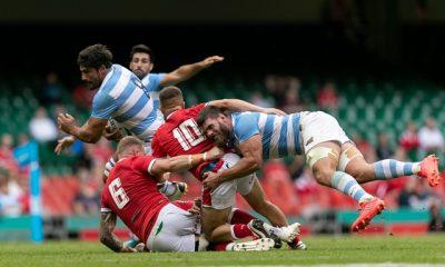 NOTICIAS ARGENTINAS JULIO  10:La Selección argentina de  rugby masculina, Los Pumas,  logró un empate tremendo 20 a  20 ante Gales, en Cardiff, ya  que jugaron más de 50 minutos  con un hombre menos, en el  segundo test match de la gira  europea. Foto NA